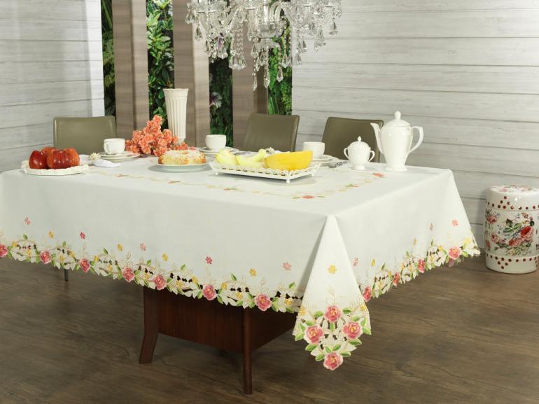 Toalha de Mesa com Bordado Richelieu Quadrada 4 Lugares 160x160cm - Anita Rosa - Dui Design
