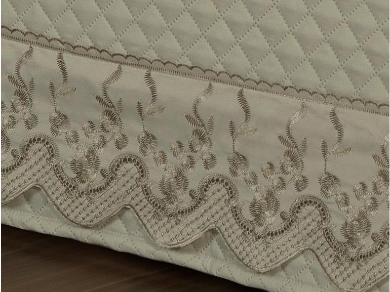 Saia para cama Box Matelassada com Bordado Inglês Casal - Astoria Bege - Dui Design