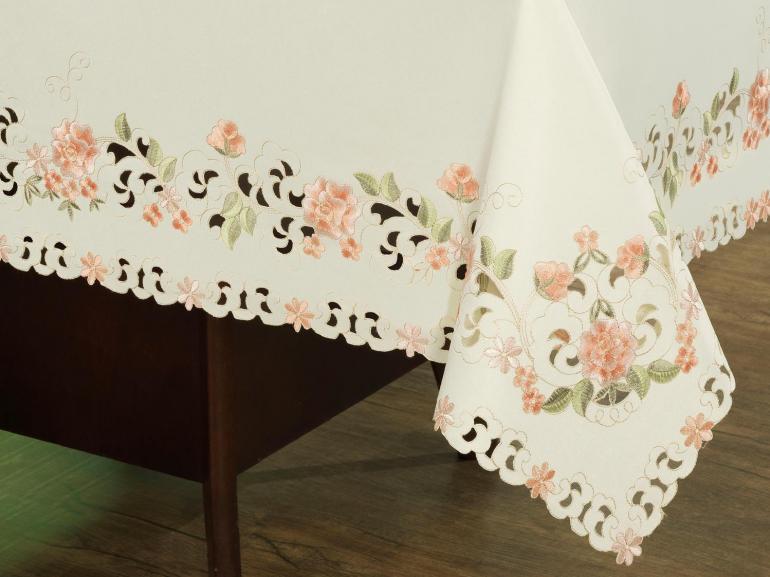 Toalha de Mesa com Bordado Richelieu Retangular 8 Lugares 160x270cm - Betina Natural e Nude - Dui Design