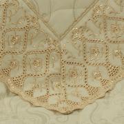 Jogo de Cama Queen Cetim de Algodão 300 fios Jacquard com Bordado Inglês - Bruxelas Marfim e Gold - Dui Design