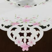 Centro de Mesa Quadrado com Bordado Richelieu 85x85cm - Camila Branco e Rosa - Dui Design