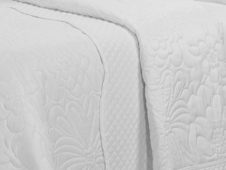 Kit: 1 Cobre-leito Queen Bouti de Microfibra Ultrasonic + 2 Porta-travesseiros - Carmo Branco - Dui Design