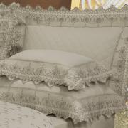 Kit: 1 Cobre-leito Queen + 2 porta-travesseiros Percal 200 fios com Bordado Inglês - Castelo Bege - Dui Design