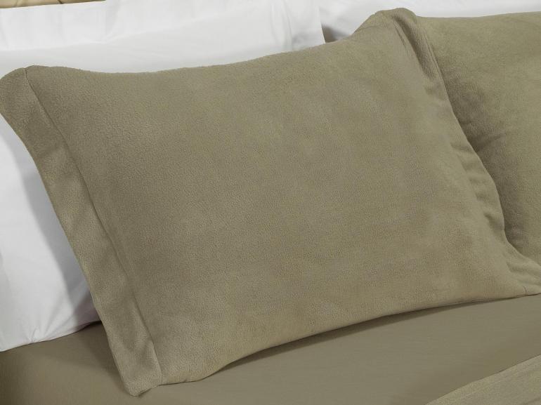 Jogo de Cama Casal Plush feito de Manta de Microfibra - Conforto Taupe - Dui Design