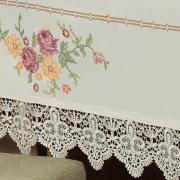 Toalha de Mesa com Bordado Richelieu Quadrada 8 Lugares 220x220cm - Cristina Natural e Rosa - Dui Design