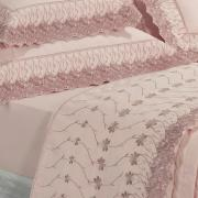 Kit: 1 Cobre-leito Queen + 2 porta-travesseiros Percal 200 fios com Bordado Inglês - Daisy Rosa - Dui Design
