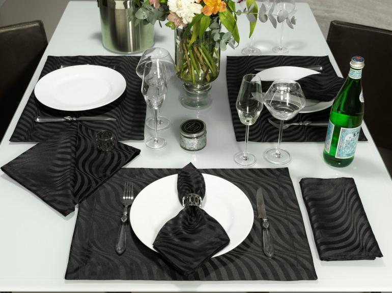 Kit: 4 Guardanapos 50x50cm - Dijon Preto - Dui Design