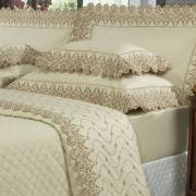 Enxoval 10 peças com Cobre-leito Queen Cetim de Algodão 300 fios com Bordado Inglês - Elegance Marfim e Camurça - Dui Design