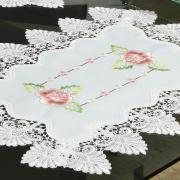 Jogo Americano 4 Lugares (4 peças) com Bordado Richelieu 35x50cm - Emily Rosa - Dui Design