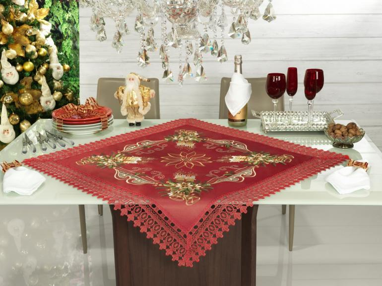 Centro de Mesa Natal Quadrado com Bordado Richelieu 85x85cm - Felicidade Vermelho - Dui Design