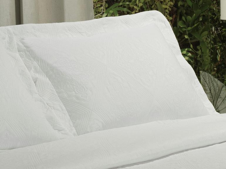 Kit: 1 Cobre-leito Casal Bouti de Microfibra Ultrasonic + 2 Porta-travesseiros - Firenze Branco - Dui Design