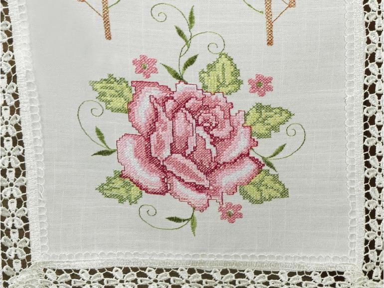 Trilho de Mesa com Bordado Richelieu 45x170cm Avulso - Flora Natural e Rosa - Dui Design