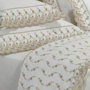 Kit: 1 Cobre-leito Queen + 2 porta-travesseiros Percal 200 fios com Bordado Inglês - Florata Branco e Caqui - Dui Design