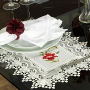 Jogo Americano 4 Lugares (4 peças) com Bordado Richelieu 35x50cm - Glória Natural e Carmim - Dui Design