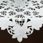 Centro de Mesa Quadrado com Bordado Richelieu 85x85cm - Godiva Branco - Dui Design