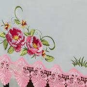 Toalha de Mesa com Bordado Richelieu Quadrada 8 Lugares 220x220cm - Grace Branco e Rosa - Dui Design