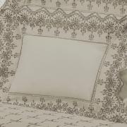 Enxoval Casal com Cobre-leito 7 peças Percal 200 fios com Bordado Inglês - Imperialle Bege - Dui Design