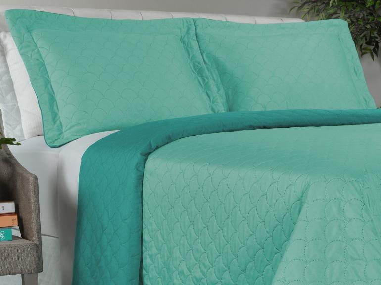 Kit: 1 Cobre-leito Casal Bouti de Microfibra Ultrasonic + 2 Porta-travesseiros - Kenji Turquesa - Dui Design