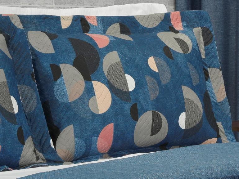 Kit: 1 Cobre-leito Casal Bouti de Microfibra Ultrasonic Estampada + 2 Porta-travesseiros - Kirk Azul - Dui Design