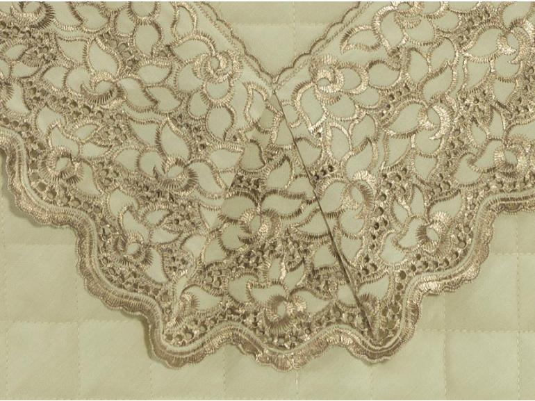 Enxoval Casal com Cobre-leito 7 peças Percal 200 fios com Bordado Inglês - Lady Marfim e Camurça - Dui Design