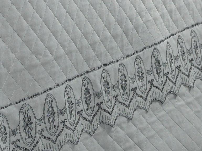 Jogo de Cama Queen Percal 200 fios com Bordado Inglês - Lucerna Cinza - Dui Design