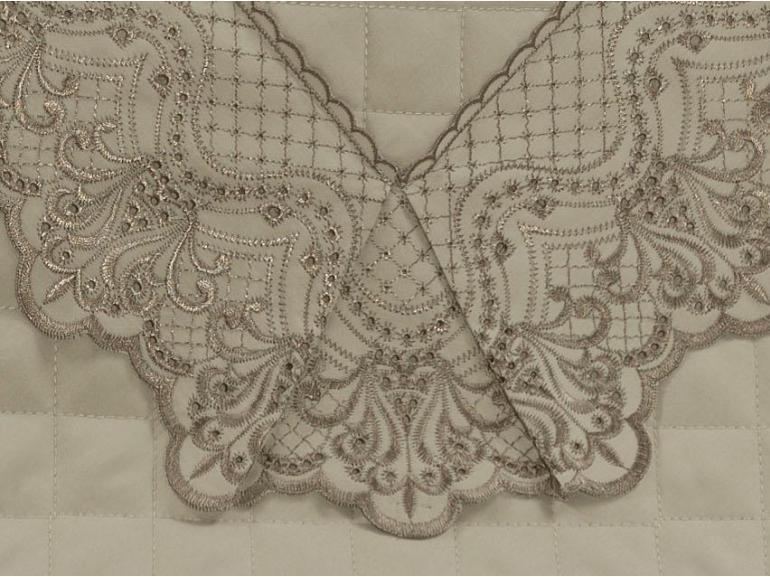 Jogo de Cama Queen Cetim de Algodão 300 fios com Bordado Inglês - Malaga Bege - Dui Design