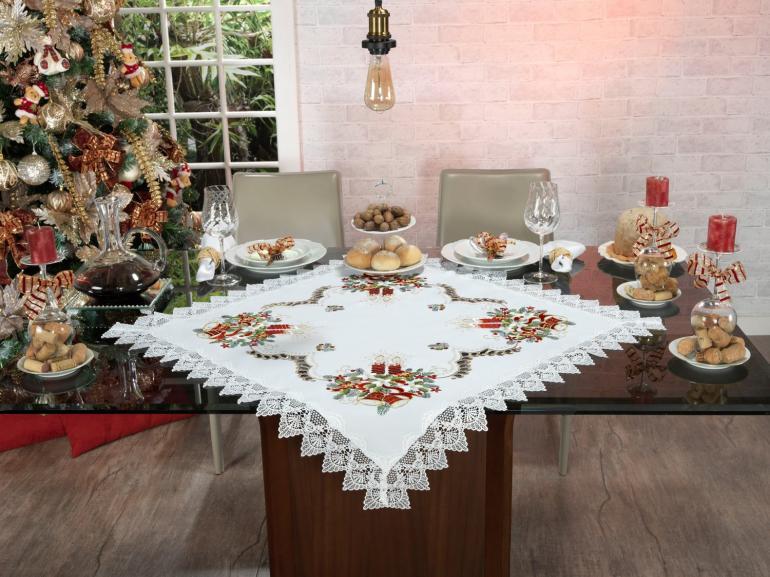 Centro de Mesa Natal Quadrado com Bordado Richelieu 85x85cm - Navidad Branco - Dui Design