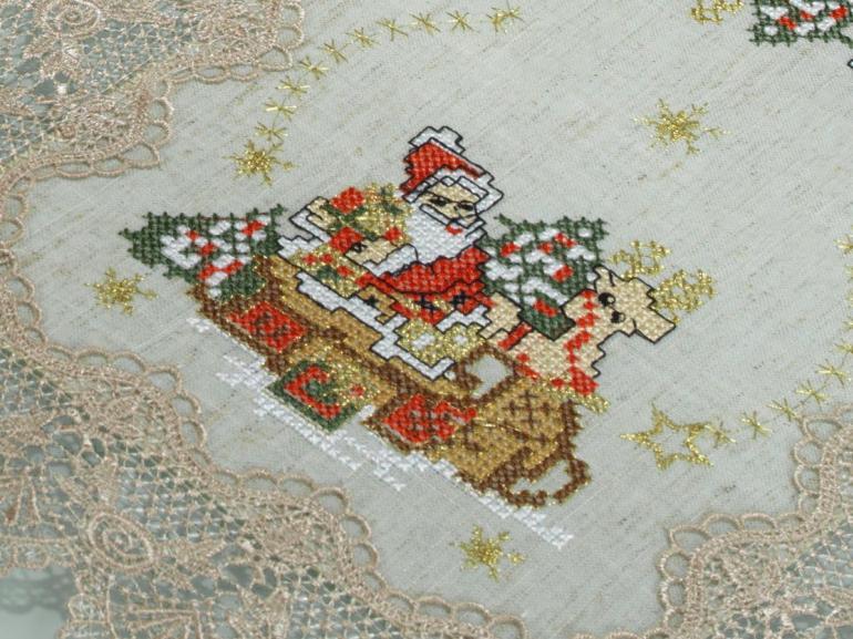 Jogo Americano Natal 4 Lugares (4 peças) de Linho com Bordado Richelieu 35x50cm - Papai Noel Bege - Dui Design