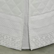 Saia para cama Box Matelassada com Bordado Inglês King - Passini Branco - Dui Design
