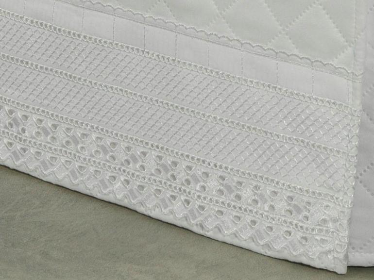 Saia para cama Box Matelassada com Bordado Inglês Solteiro - Passini Branco - Dui Design