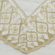 Enxoval 10 peças com Cobre-leito King Cetim de Algodão 300 fios com Bordado Inglês - Pienza Branco e Caqui - Dui Design