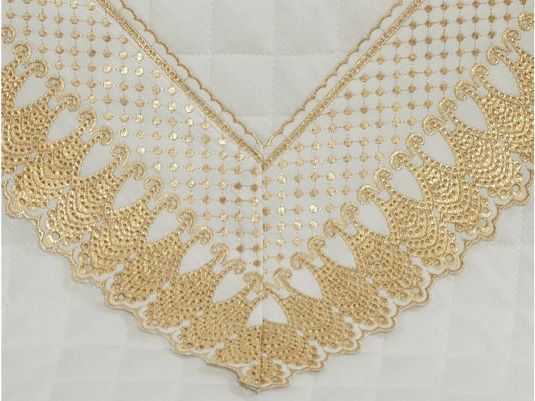 Enxoval Casal com Cobre-leito 7 peças Percal 200 fios com Bordado Inglês - Princess Branco e Dourado - Dui Design