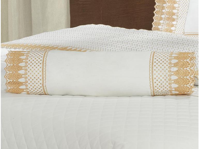 Enxoval 10 peças com Cobre-leito Queen Percal 200 fios com Bordado Inglês - Princess Branco e Dourado - Dui Design