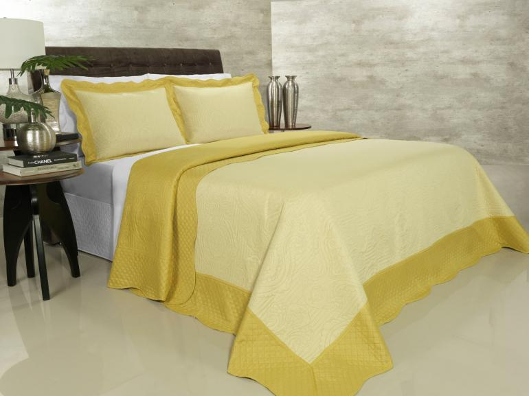 Kit: 1 Cobre-leito King Bouti de Microfibra Ultrasonic + 2 Porta-travesseiros - Segovia Amarelo - Dui Design