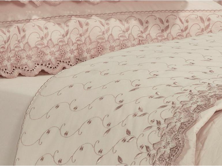 Enxoval 10 peças com Cobre-leito Casal Percal 200 fios com Bordado Inglês - Sublime Rosa Velho - Dui Design