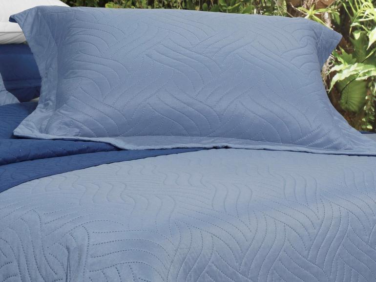 Kit: 1 Cobre-leito Solteiro Bouti de Microfibra Ultrasonic + 1 Porta-travesseiro - Triton Azul e Indigo - Dui Design