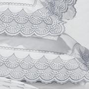 Jogo de Cama Queen Percal 200 fios com Bordado Inglês - Veneto Azul Acinzentado e Branco - Dui Design