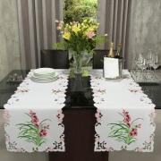 Trilho de Mesa com Bordado Richelieu 45x170cm Avulso - Vivian Rosa - Dui Design